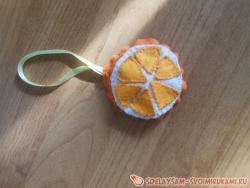 Новогодняя подвеска - апельсин из фетра