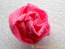 Как сделать розу из вискозной салфетки