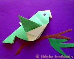 Как сделать птичку из бумаги