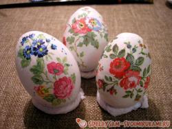 Декупаж яиц у Пасхе
