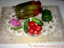 Master class canned cucumbers with tomatoes