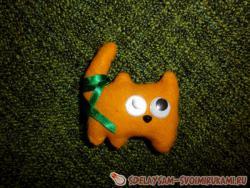 Кот из фетра