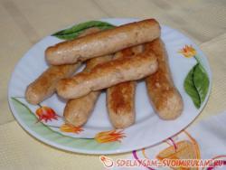Как приготовить домашние сосиски