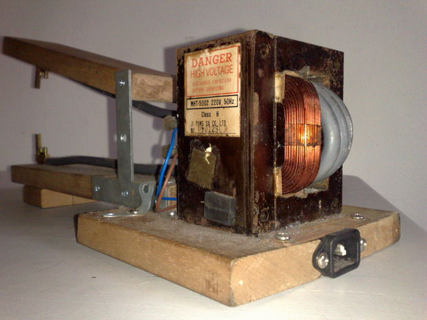 A simple apparatus for resistance welding