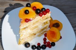 Cake without baking cookies and bananas