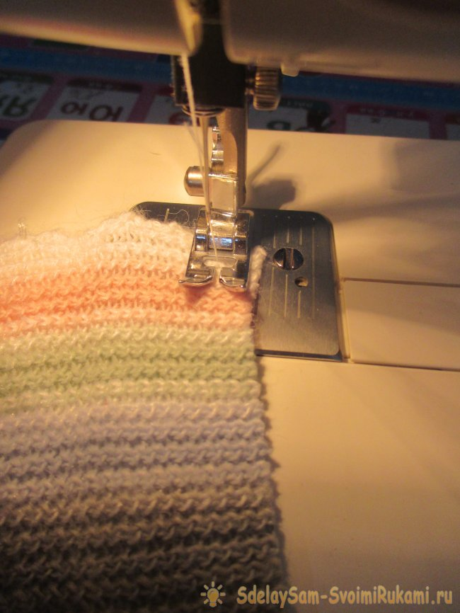 Sew yourself comfortable scarf for a child