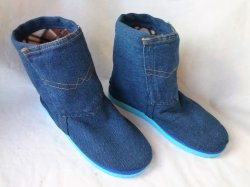 Denim boots for fleece