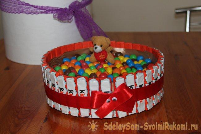 Торт из киндеров «Детское счастье»