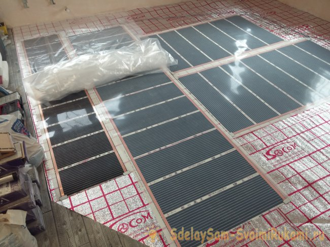 Laying infrared film floor