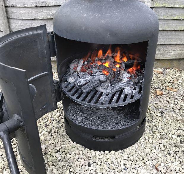Коптильня горячего копчения из трубы самогонный аппарат peterhof