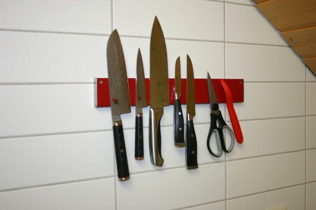 Держатель для ножей BEKKER BK-5506 магнитный