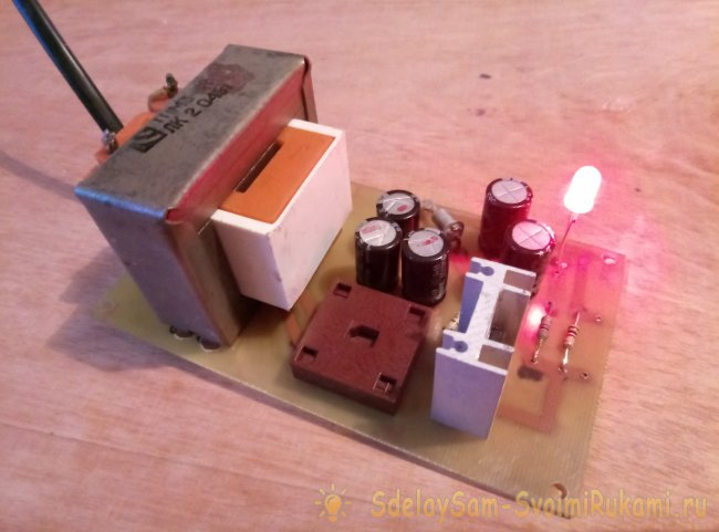 The power supply on the Zener diode and the transistor