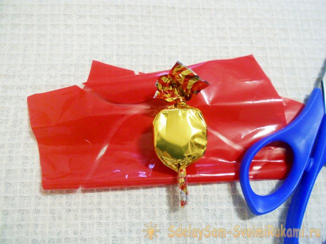 A bouquet of candies in the shape of a heart