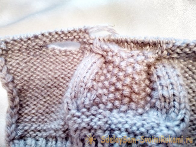 How to tie mitts with an owl pattern