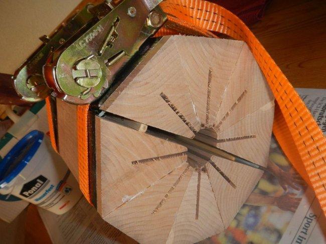 Вращающаяся подставка для ножей