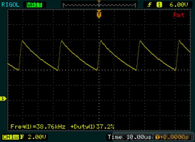 Simple PWM regulator on NE555