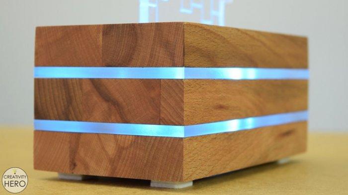 Светодиодный светильник из акрилового стекла и дерева