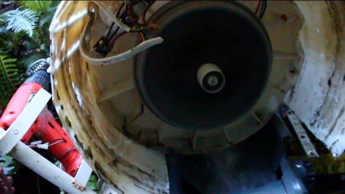 Hydraulic turbine generator from an old washing machine