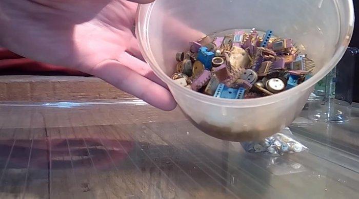 Добываем золото из радиодеталей