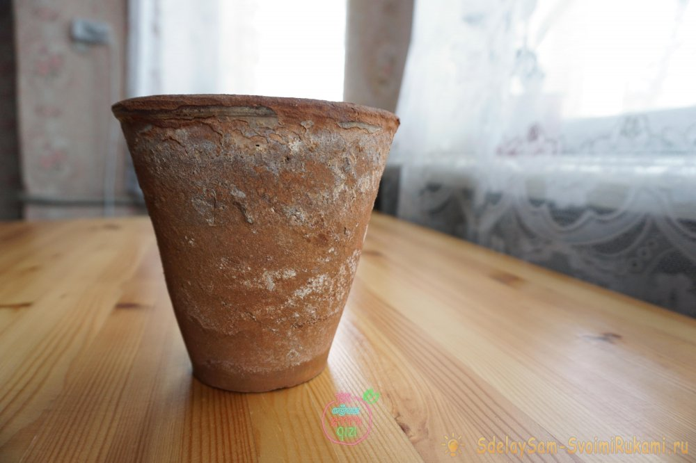 Как обновить глиняный цветочный горшок