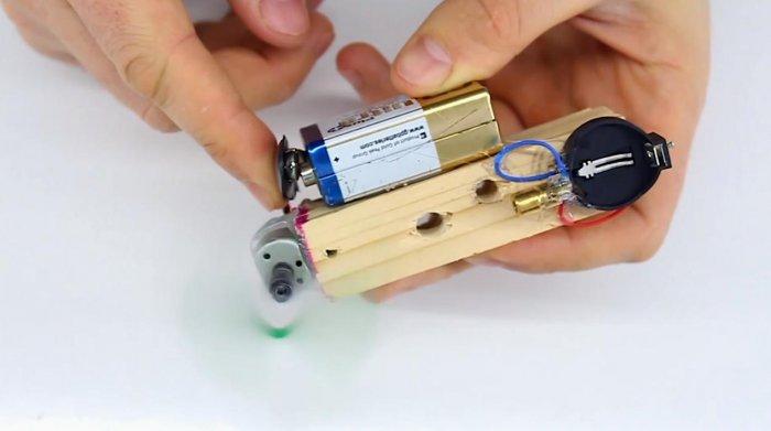 Лазерный нивелир из подручных материалов