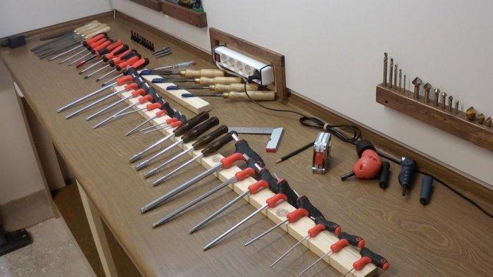 1523855917 4 - Делаем держатели для инструментов в гараже