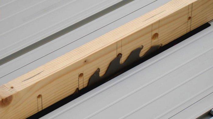1523855929 16 - Делаем держатели для инструментов в гараже