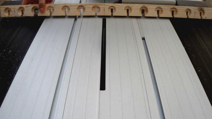 1523855954 20 - Делаем держатели для инструментов в гараже