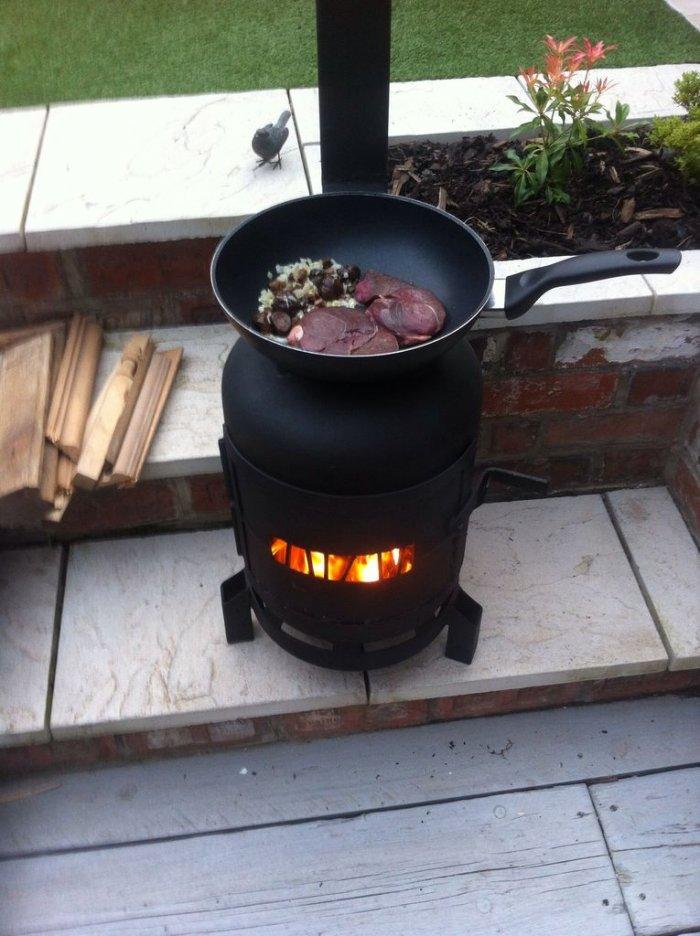 Буржуйка из газового баллона длительного горения на дровах