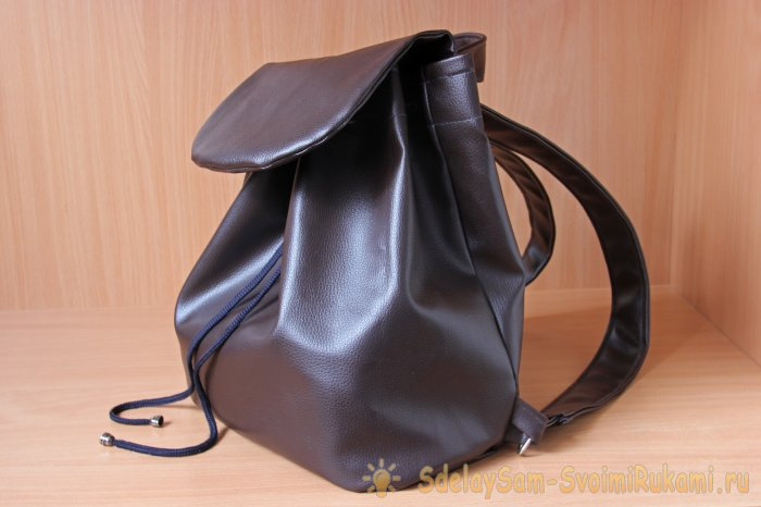 Шьем женский кожаный рюкзак. Часть 2. Процесс сборки