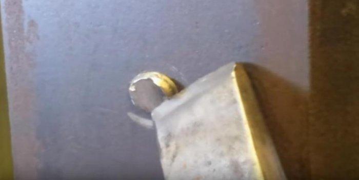1524655653 6 - Как выкрутить сломанный болт или шпильку