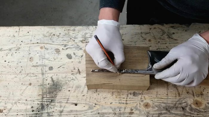 Restoration of a fully rusted kitchen cleaver