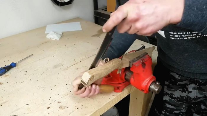 Restoring a completely rusted kitchen knife