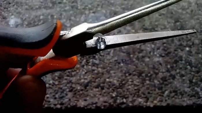 Add a stripper to the pliers