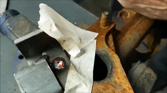 1530465105 12 - Как выкрутить обломанную шпильку