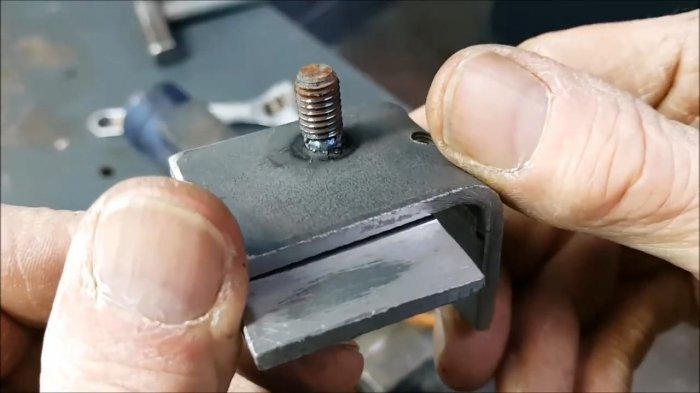 1530465152 17 - Как выкрутить обломанную шпильку