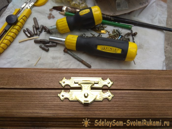 Making a wooden case
