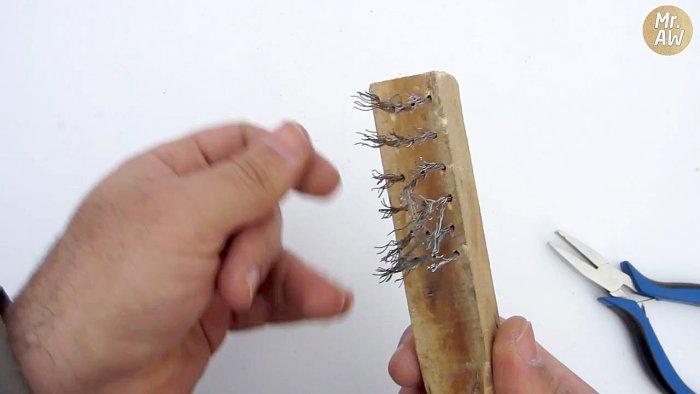 Щетка с металлический щетиной