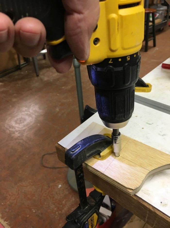 Самостоятельное изготовление экстрактора для выкручивания сломанного винта