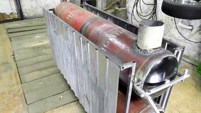 Самодельная отопительная батарея на дровах из газовых