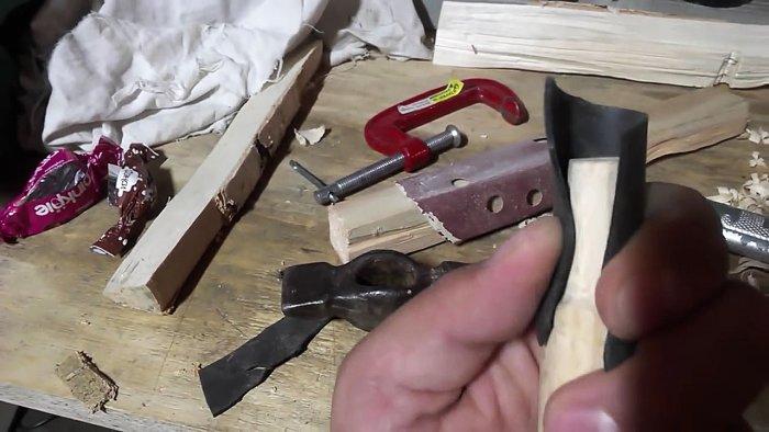 1542185881 8 - Лучший способ насадить молоток на рукоять без клина