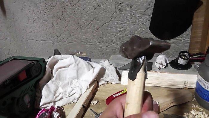 1542185890 10 - Лучший способ насадить молоток на рукоять без клина