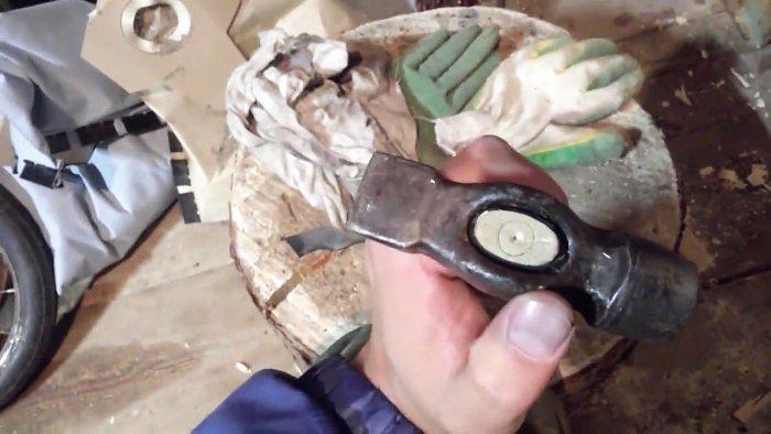 1542185910 16 - Лучший способ насадить молоток на рукоять без клина