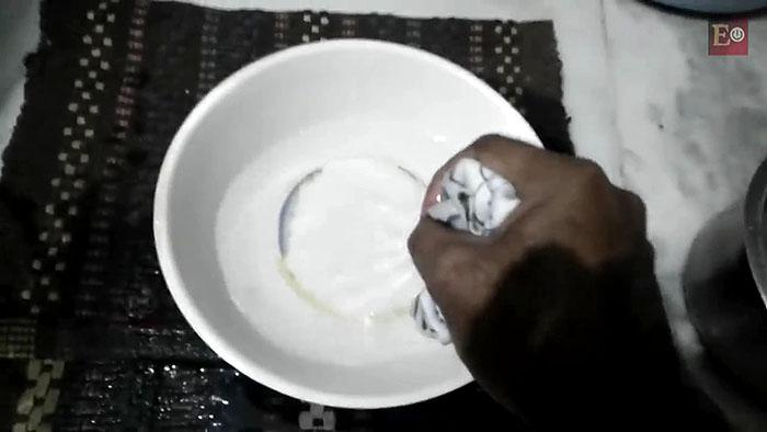 Как очистить стиральную машину от накипи и грязи с помощью соды и уксуса