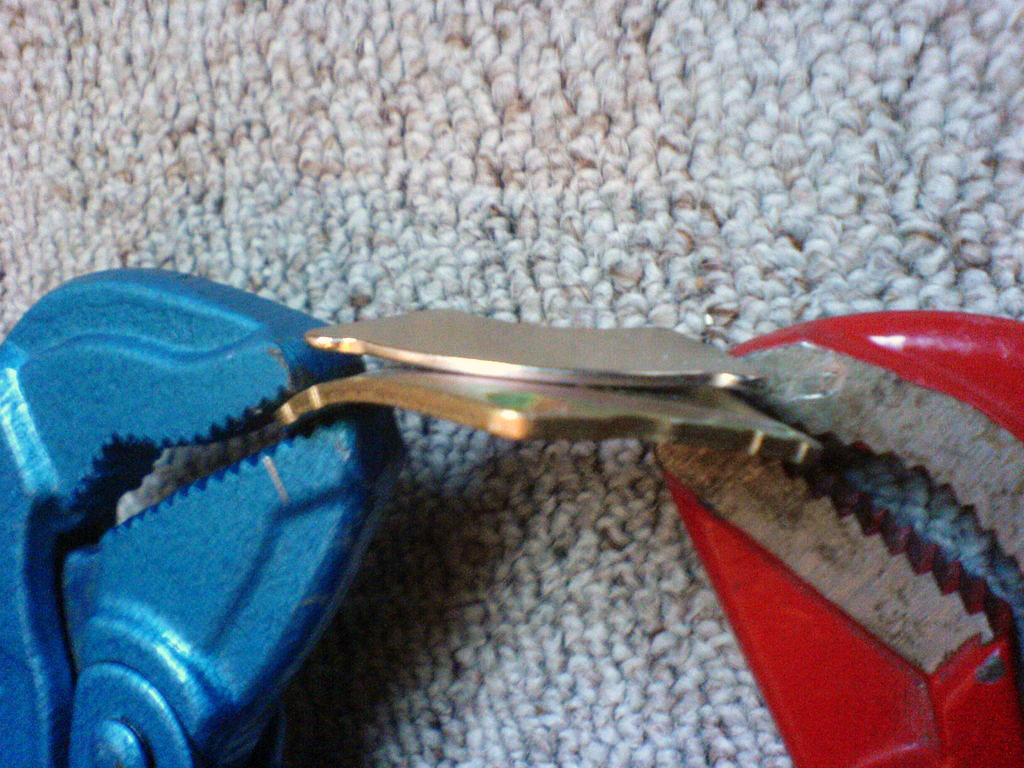 Как просто отделить магниты от металлической подложки жесткого диска