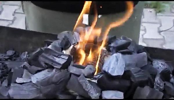 Как быстро и безопасно разжечь мангал? 4 способа о которых вы