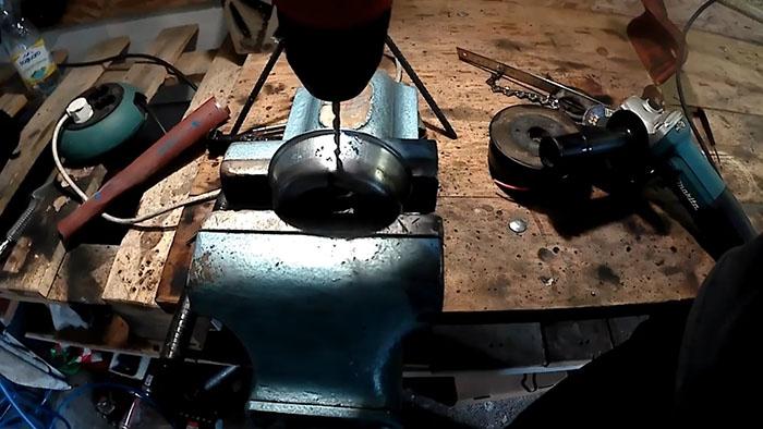 1552798132 6 - Как поставить на бензокосу цепь от бензопилы