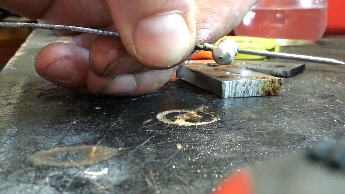 Отливка фиксатора троса