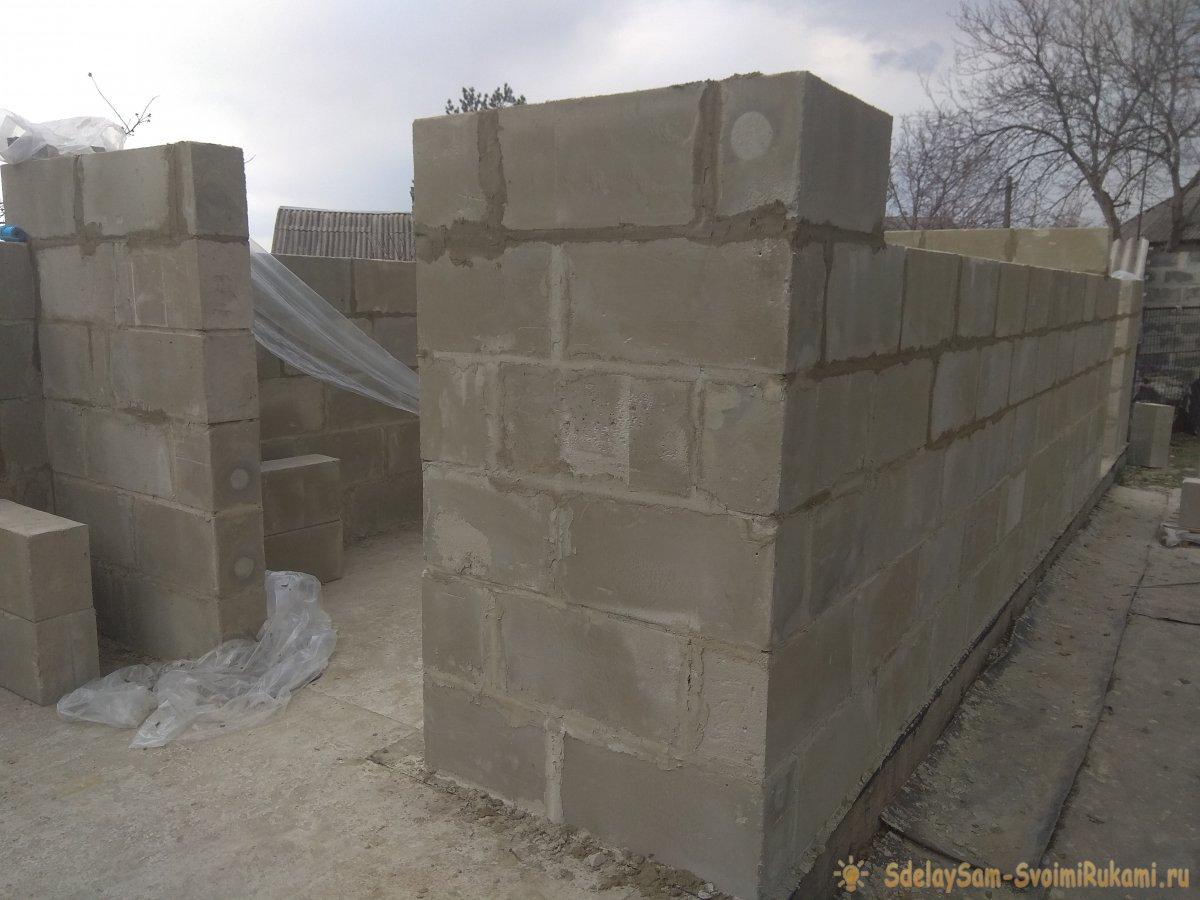 Возведение стен из пеноблоков