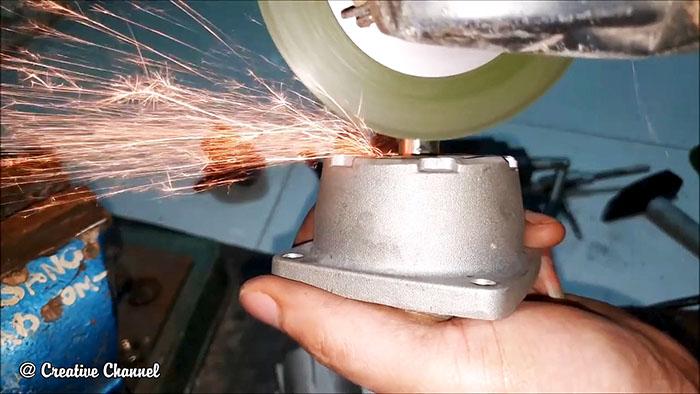 Как сделать генератор на 220 В из двигателя триммера